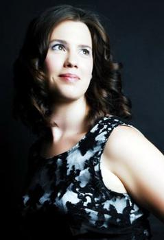 Aileen Thomson, soprano